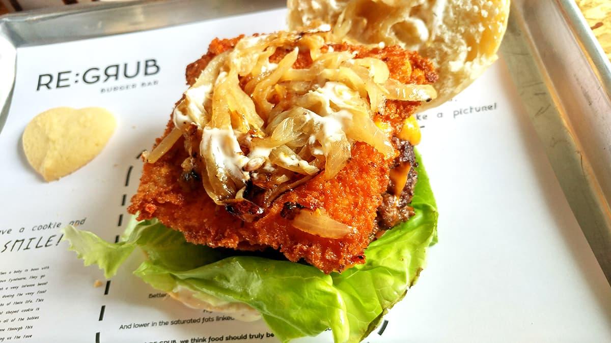 Geeky Food: REGRUB Cheesy Burger
