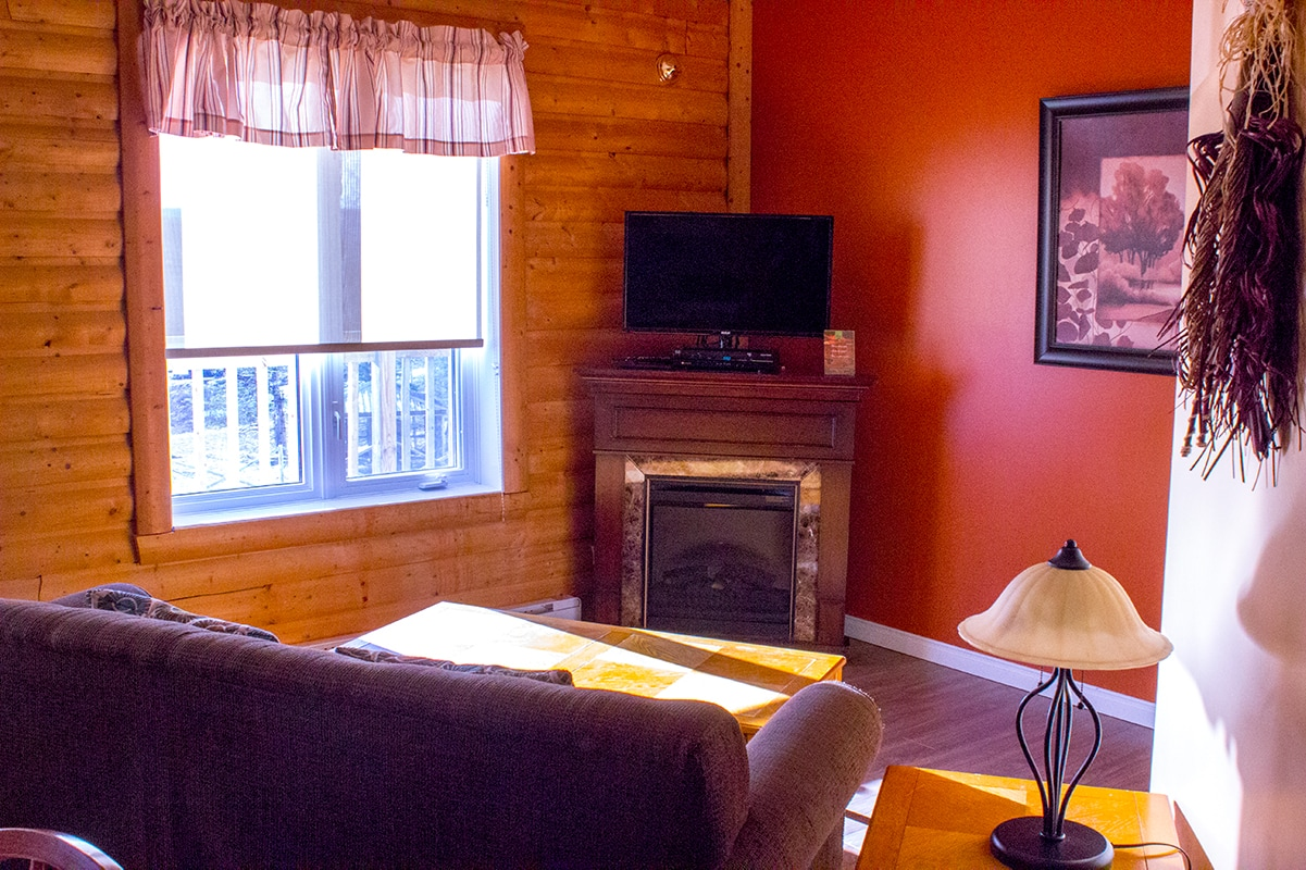 Cabin Living Area Ferme 5 Etoiles Cote Nord Quebec Maritime