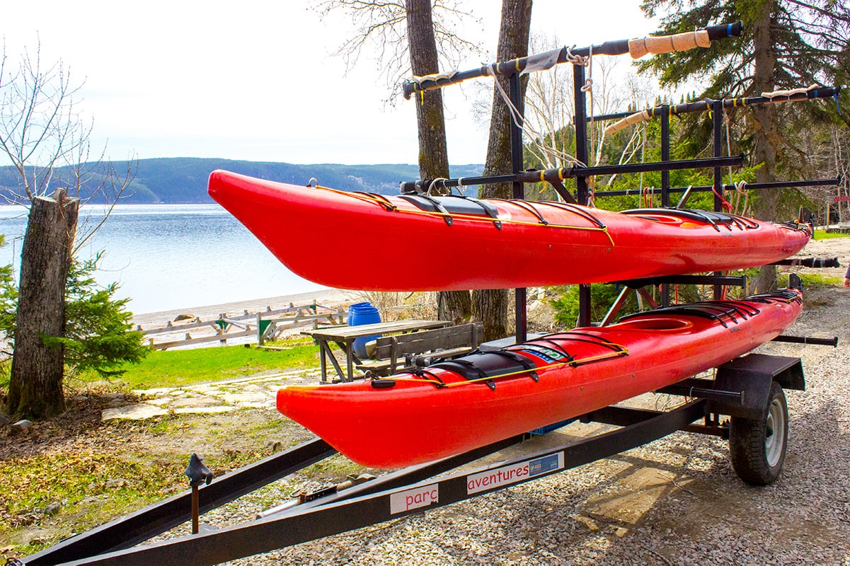 Getting the kayaks ready for a paddle through the Saguenay River.