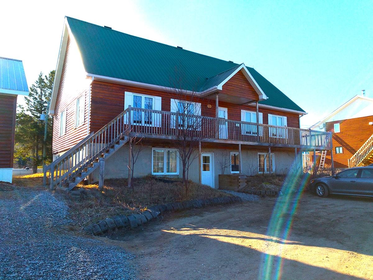 Log Cabin Ferme 5 Etoiles Cote Nord Quebec Maritime