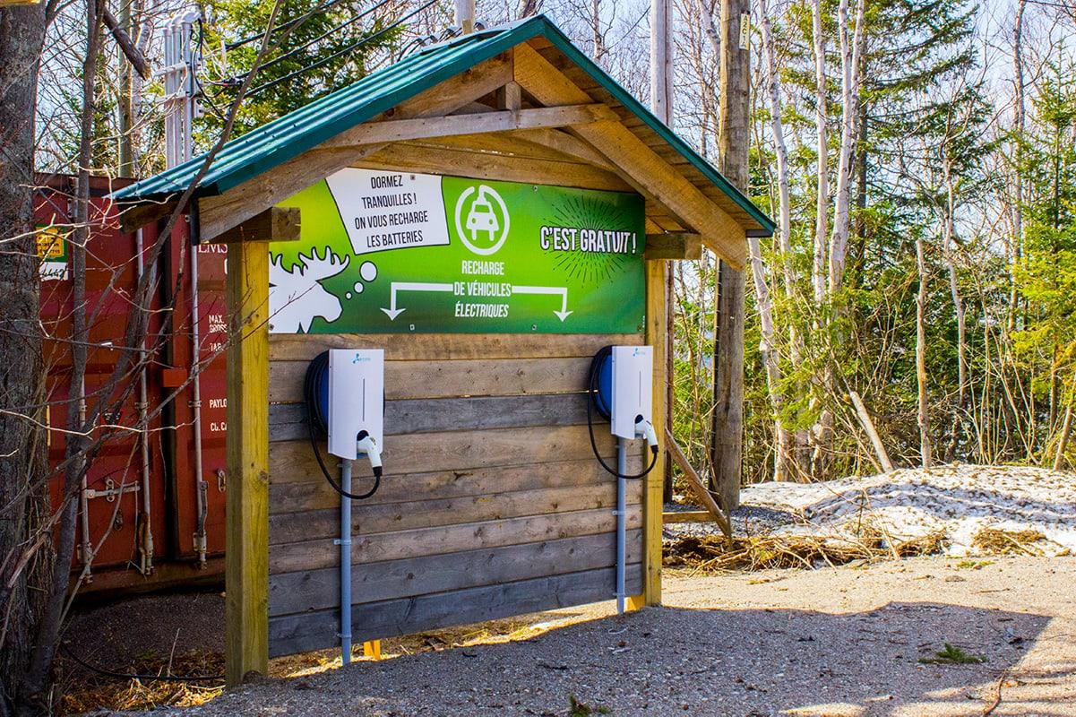Pourvoirie Cap au Leste - Free electric car charging stations