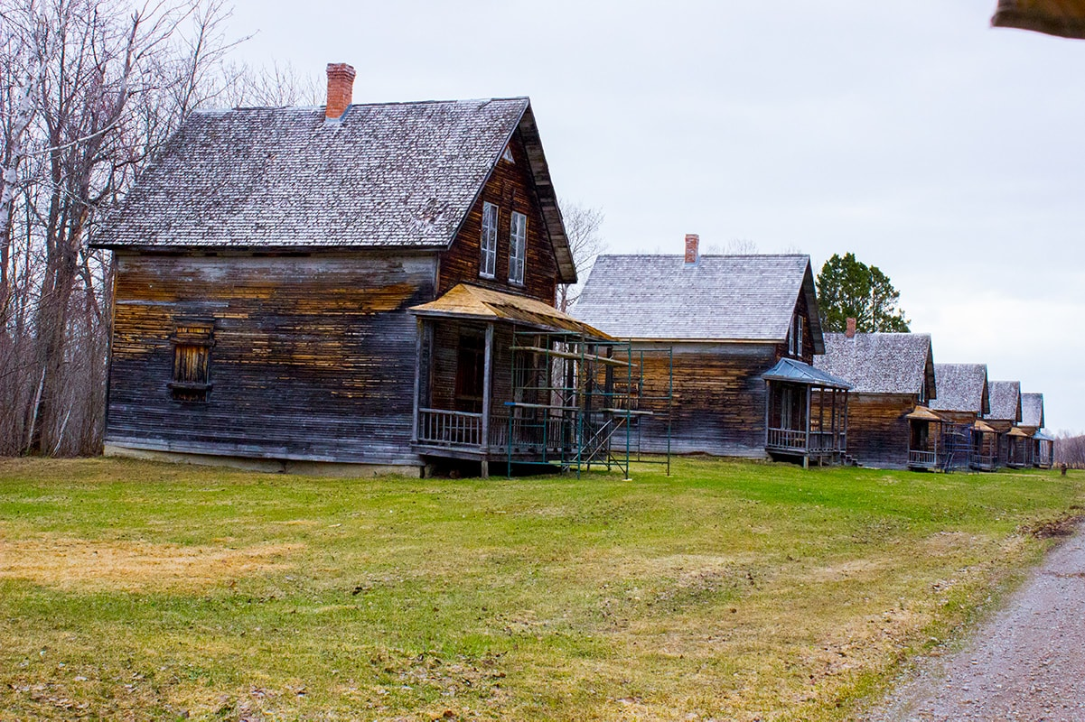 Val Jalbert Historic Company Town Village | Geek Life: Augmenting Reality