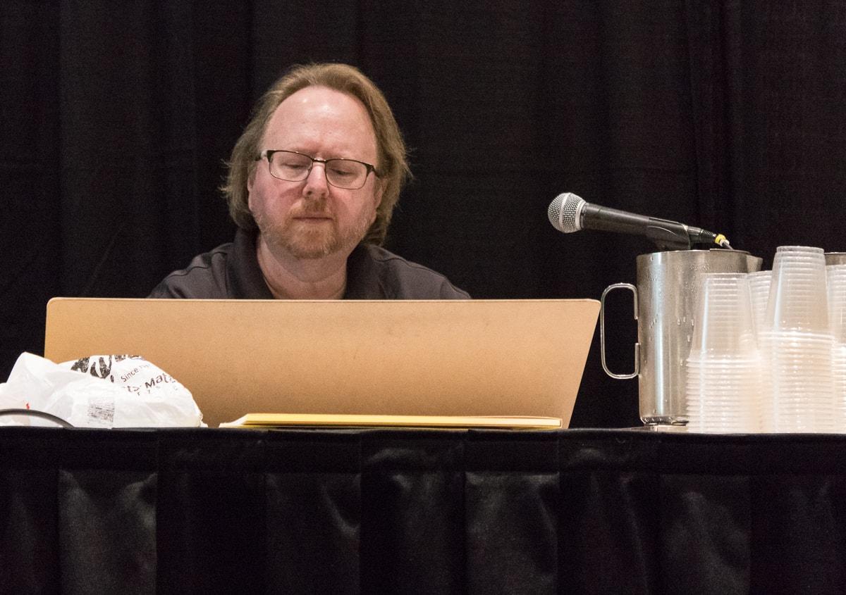 Leonard Kirk drawing Conan at Toronto Comicon 2019